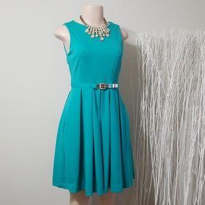 NEW! JENNIFER LOPEZ CLASSY STATEMENT DRESS!
